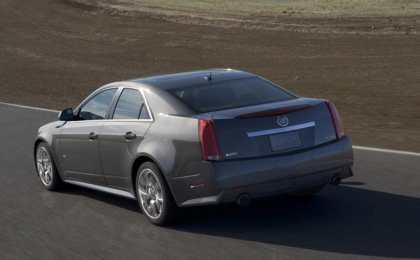 Cadillac представил обновленные CTS и CTS-V 2013