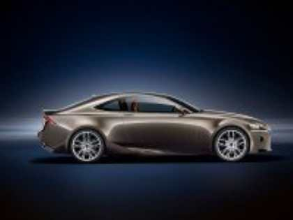 Компания Lexus опубликовала компьютерные изображения концепта гибридного купе