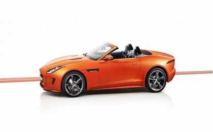 Jaguar показал в Лос-Анджелесе F-Type Black Pack