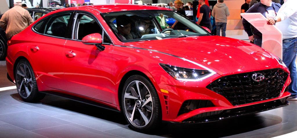 Новый седан Hyundai Sonata почти полностью рассекречен