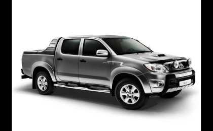 В России начались продажи Toyota Hilux