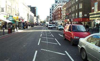 Британцев заставят платить за парковки у офисов