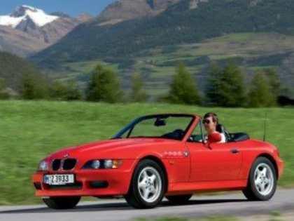 BMW планирует разработку родстера с передним приводом