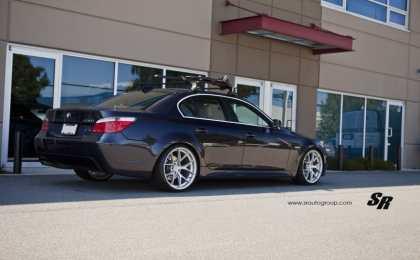 BMW 530i (E60) в легкой доработке SR Auto Group