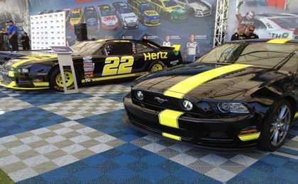 Ford Mustang GT от Hertz и Penske Racing